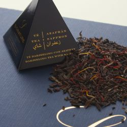 Darjeeling tea with saffron